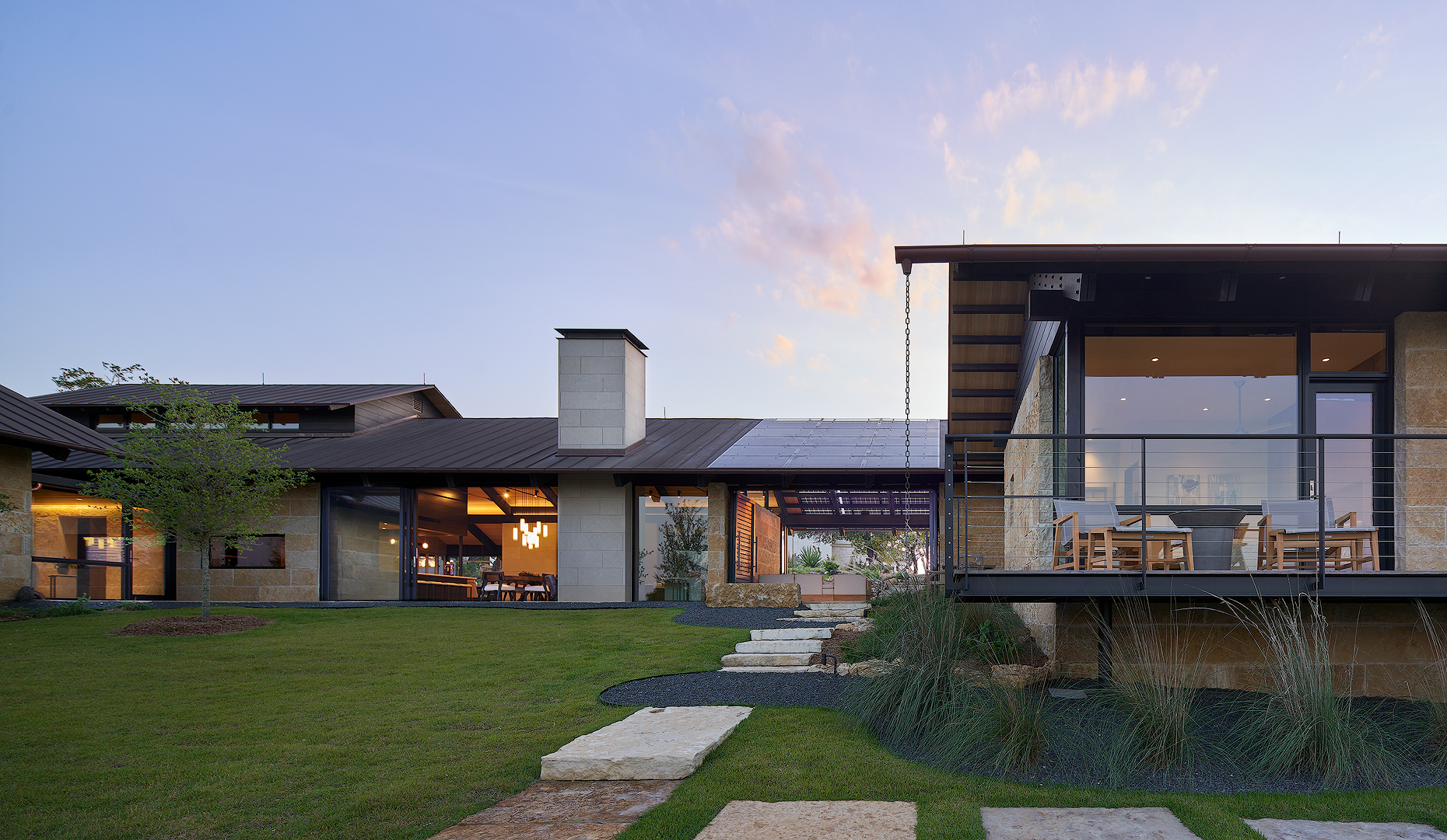 Hill country residence Lake Flato Dror Baldinger