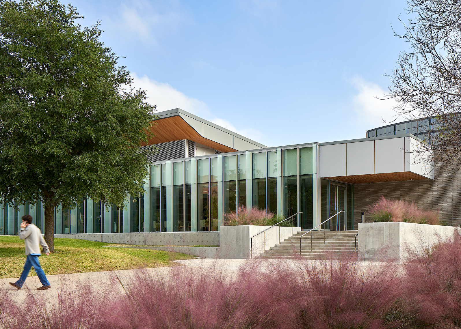 Dror Baldinger FAIA Austin San Antonio dallas houston New York Alcon Corporate photography HKS Fort Worth Texas