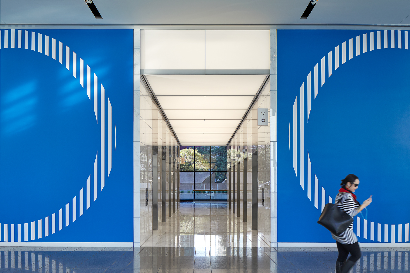 dror baldinger FAIA architectural photography lobby thanksgiving tower Dallas blue graphics